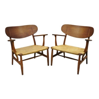1950s Vintage Hans Wegner Ch22 Carl Hansen & Son Oak Lounge Chairs- A Pair For Sale