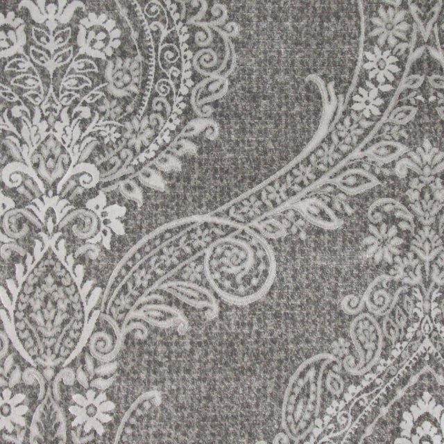 Gray Damask Transitional Rug - 5' Round - Image 3 of 3