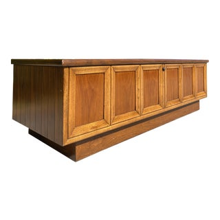 Walnut Classic Cedar Chest by Lane Furniture For Sale