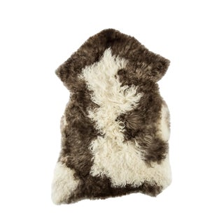 "Contemporary Handmade Wool Sheepskin Pelt - 2'0""x3'3"" For Sale"