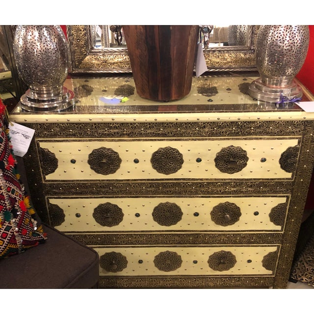 1970s Vintage Hollywood Regency Style Nightstands-a Pair For Sale - Image 10 of 12