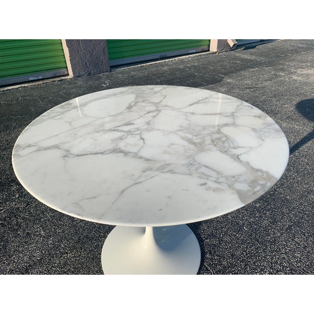 Mid-Century Modern Eero Saarinen Marble Oval Dining Table for Knoll For Sale In Miami - Image 6 of 13