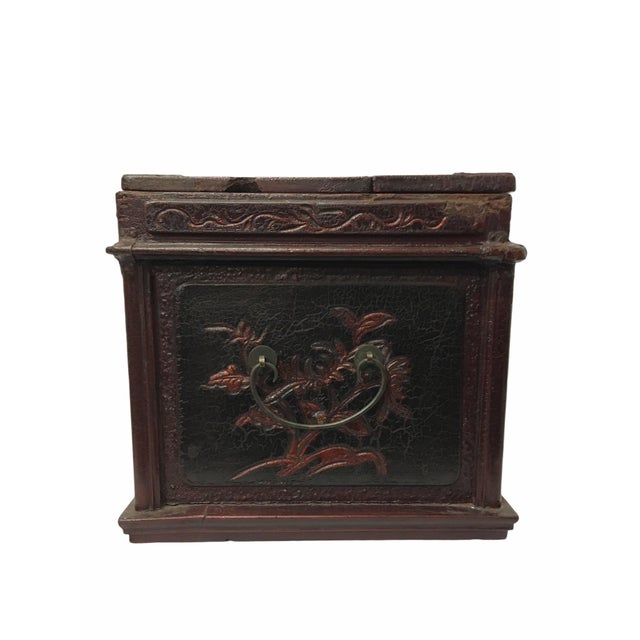 Brown Antique Wooden Chinese Keepsake / Jewelry Box For Sale - Image 8 of 10