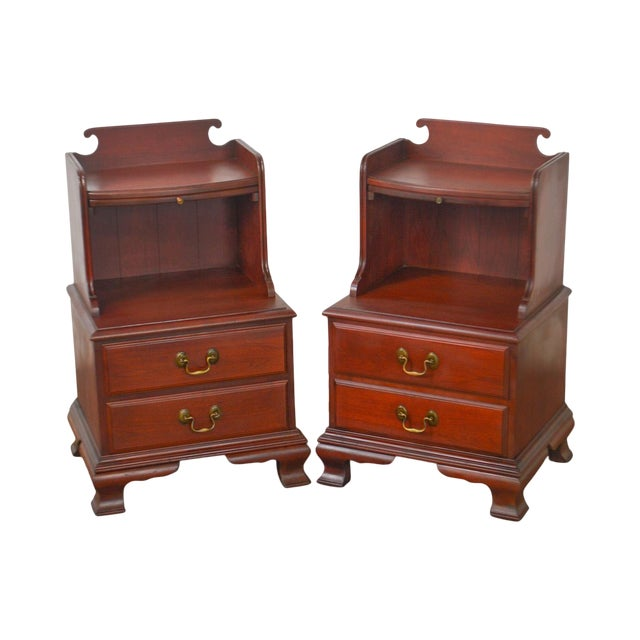 Pennsylvania House Mt Vernon Pair of Solid Cherry Vintage Nightstands For Sale