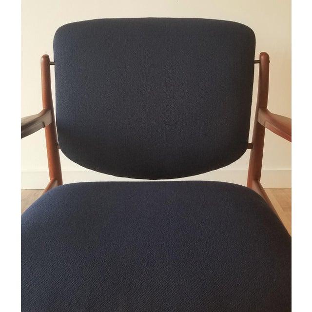 1950s Newly Upholstered Finn Juhl for France & Daverkosen in Kvadrat Wool Teak Lounge Chair (Fd-136) For Sale - Image 11 of 13