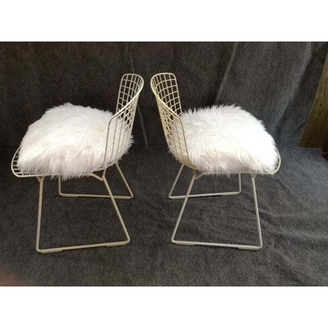 Vintage White Wire Knoll Bertoia Chairs - A Pair - Image 10 of 10