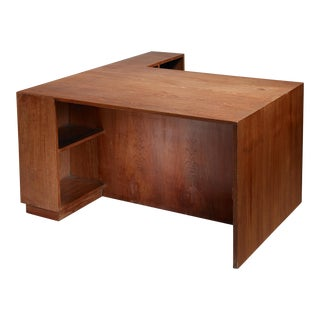 Pierre Jeanneret Judge's deliberation desk from Chandigarh For Sale