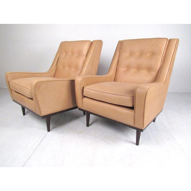 Contemporary Pair Modern Leather Lounge Chairs For Sale - Image 3 of 11
