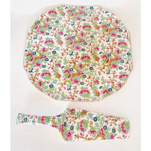 English Traditional Vintage Chintz English Floral Cake Serving Platter and Pie Knife - the Set For Sale - Image 3 of 9