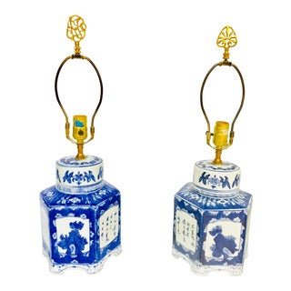 Pair of Blue and White Chinese Porcelain Tea Canisters Table Lamps For Sale