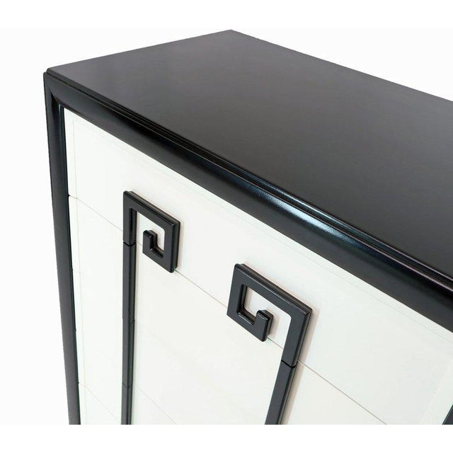 Kittinger Mandarin Style Chest Dresser Black and White Lacquer Five Drawers For Sale In New York - Image 6 of 11