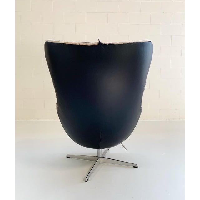 Fritz Hansen Arne Jacobsen for Fritz Hansen Egg Chair in Zebra Hide and Loro Piana Leather For Sale - Image 4 of 13