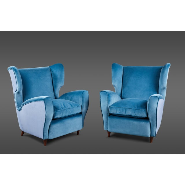 Feather Pair of Italian Mid-20th Century Wingback Chairs in Two Tones of Velvet For Sale - Image 7 of 7
