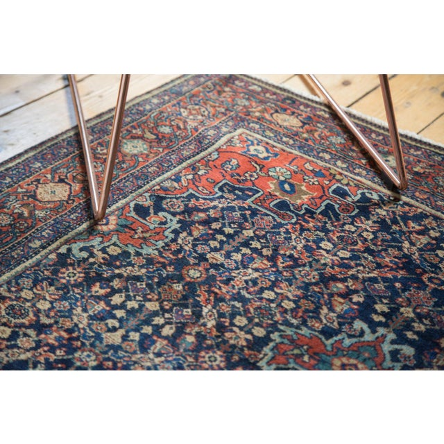 "Vintage Farahan Sarouk Rug - 4'3"" X 6'6"" For Sale - Image 5 of 11"