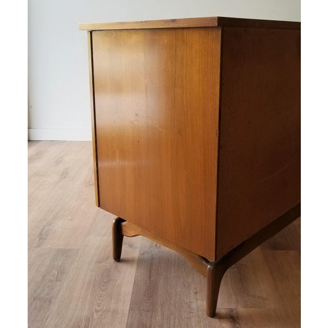 Mid 20th Century Mid-Century Modern Oak Credenza For Sale - Image 5 of 13