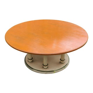 1960s Drexel Heritage Round Provincial Pedestal Coffee Table For Sale