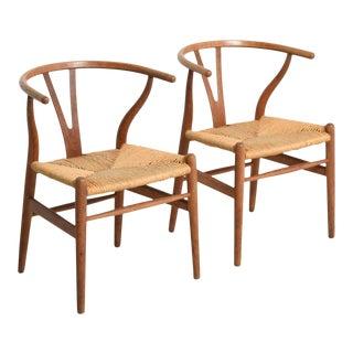 Mid-Century Model CH24 Oak Wishbone Chairs by Hans J. Wegner for Carl Hansen, Set of 2