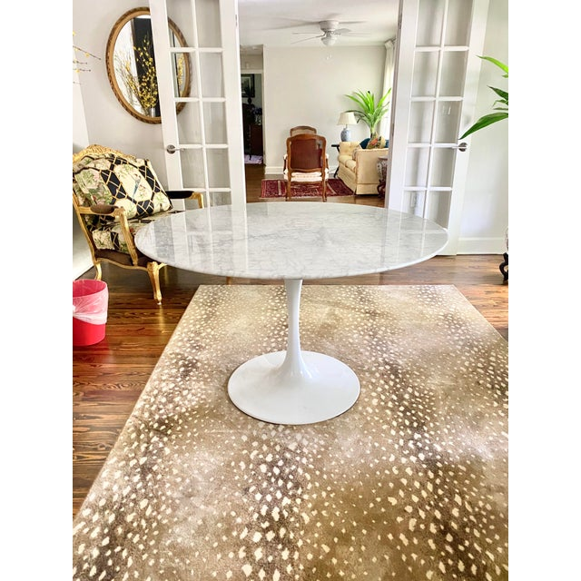 """2010s Carrara Marble 48"""" Round Tulip Table For Sale - Image 5 of 6"""