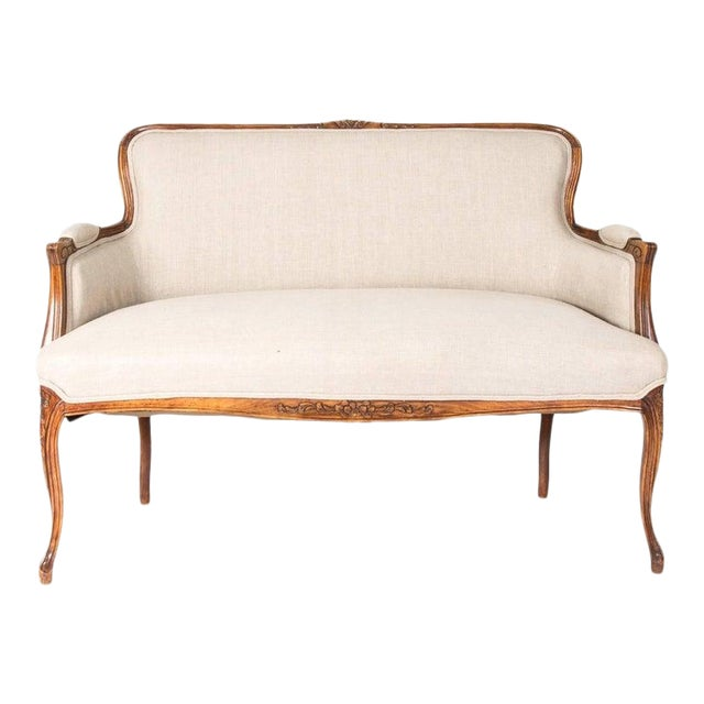 Antique Louis XV Style Walnut Settee in Ivory Linen For Sale