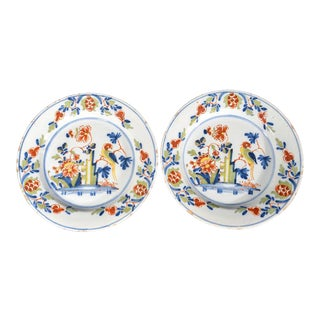 Pair of Lambeth High Street Delftware Chinoiserie Plates With Parrot