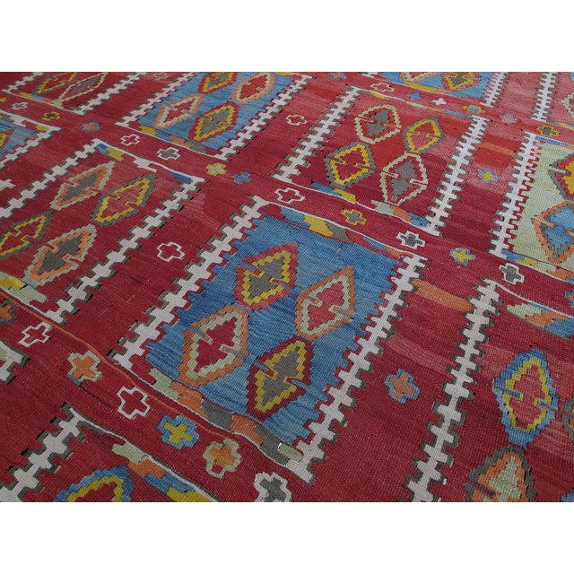 Very Large and Exceptional Antique Sivas Kilim For Sale In New York - Image 6 of 10