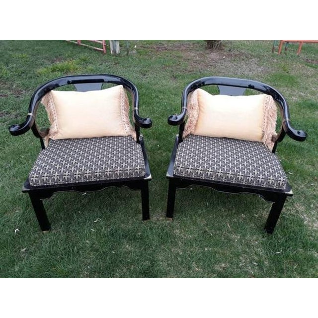 1960s 1960s Vintage Century Furniture Chin Hua Ming Horseshoe Chairs- A Pair For Sale - Image 5 of 6
