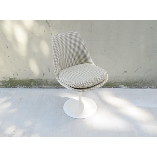 Fabric Vintage Modern Knoll Saarinen Tulip Side Chairs - Set of 6 For Sale - Image 7 of 9