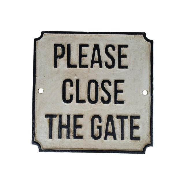 Cast Iron Please Close Gate Sign - Image 1 of 4