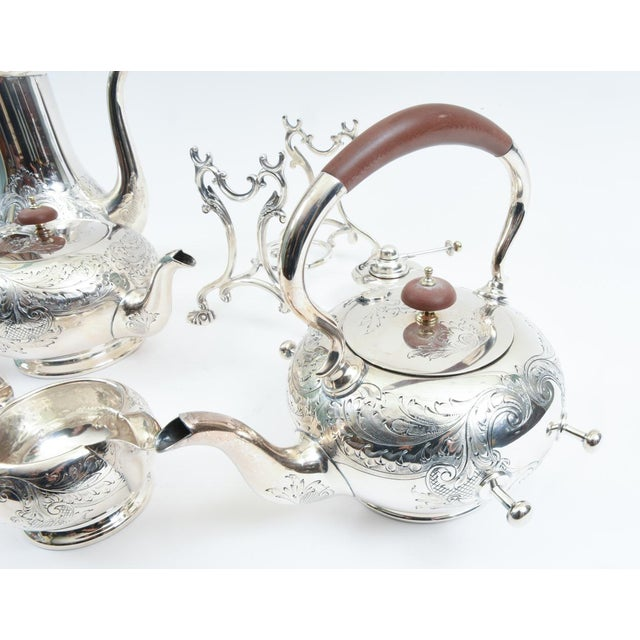 English Silver Plate With Wood Handle Five-Piece Tea or Coffee Service For Sale In New York - Image 6 of 10