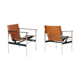 Charles Pollock for Knoll Associates Model 657 Armchairs - A Pair For Sale