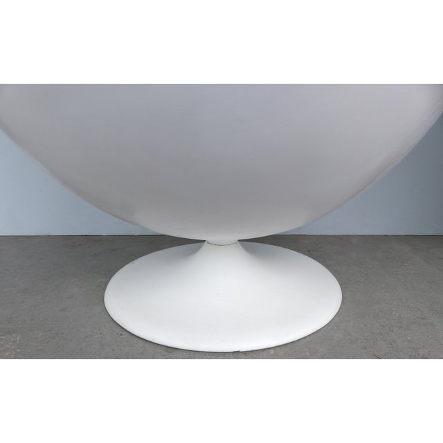 Black Eero Aarnio Attributed Mid-Century Modern Ball Chair, Circa 1965 For Sale - Image 8 of 9