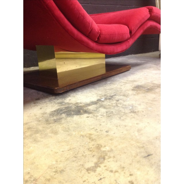 1980's Red Velvet Wave Chaise - Image 7 of 8