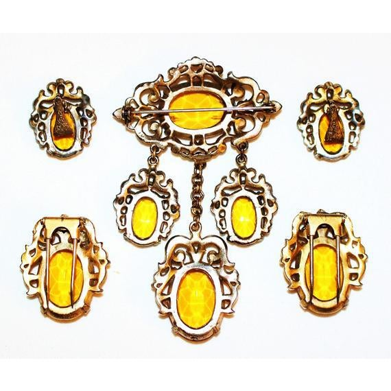 Edwardian 1930s Edwardian-Style Topaz Parure, Brooch, Dress Clips and Earrings Set For Sale - Image 3 of 4