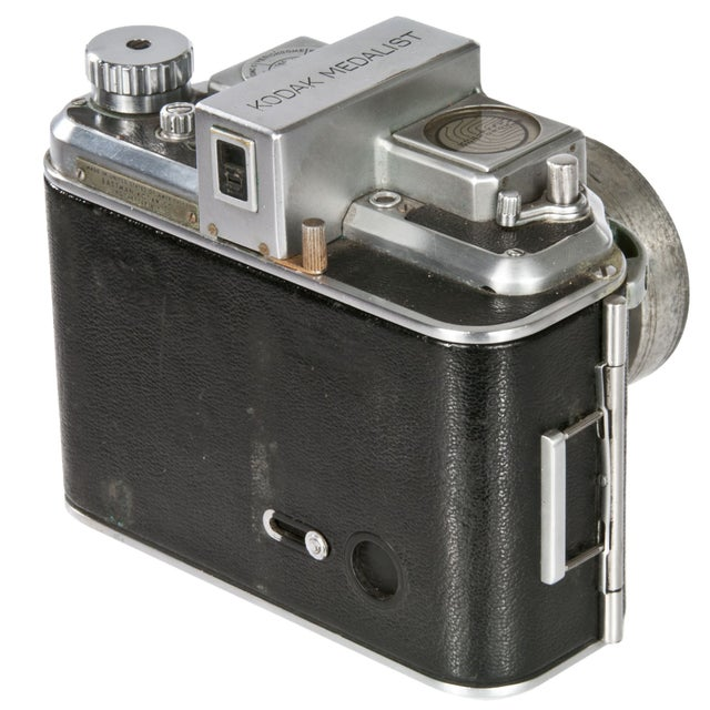 1940's Kodak Medalist Camera With Flash & Case - Image 3 of 5