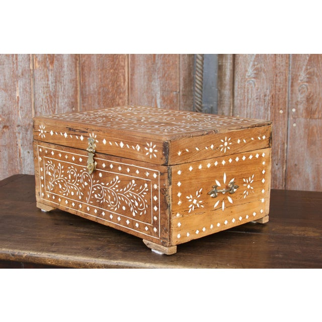 Anglo-Indian Bone Inlay Document Box For Sale - Image 9 of 10