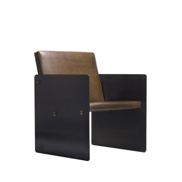 Argosy Product Division Plate Chair For Sale
