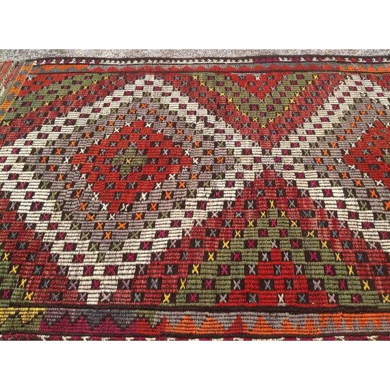 "Vintage Turkish Kilim Rug - 5'2"" X 8'6"" For Sale - Image 4 of 6"