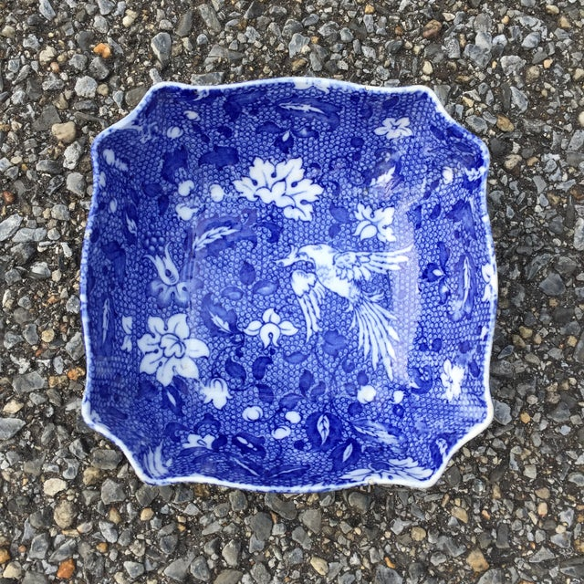"""Vintage Blue white Transferware Scalloped Bird Bowl B&L Leighton Chintz Measures 6.25"""" x 6.25"""" x 2.25"""" tall"""