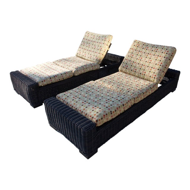 Summer Classics- Rustic Woven Chaise Lounge and Cushion For Sale