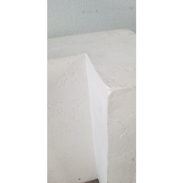 Postmodern Geometric White Plaster Pedestal For Sale In Miami - Image 6 of 12