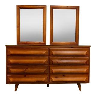 Mid-Century Modern Franklin Shockey Pine Dresser With Mirrors For Sale