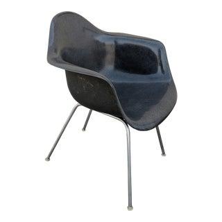 1960s Herman Miller for Charles Eames Fiberglass Chair For Sale