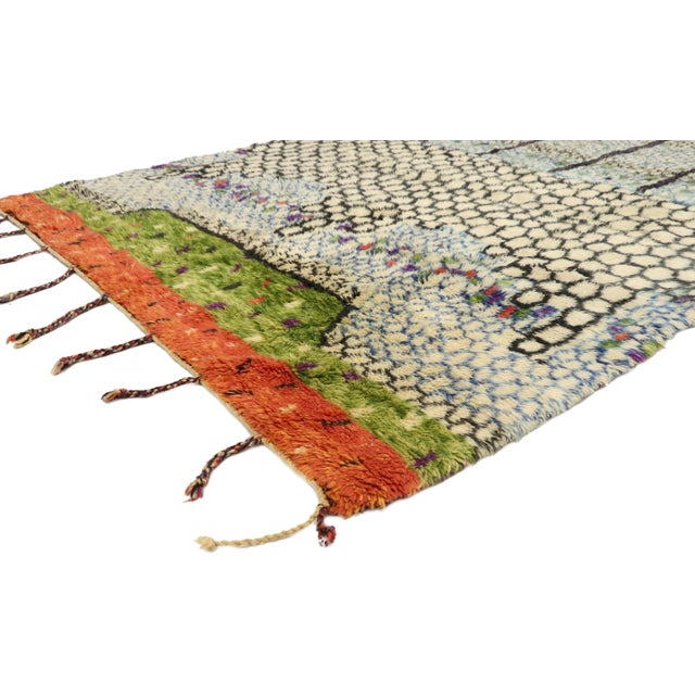 21047 Contemporary Berber Moroccan Rug with Biomorphic Design and Cubism Style 05'08 x 07'05. Drawing inspiration from...