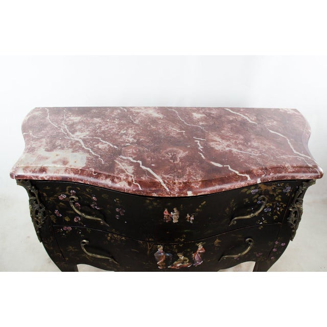 20th C. French Louis XV Style Chinoiserie Marble Top Bombe Commode For Sale - Image 4 of 13