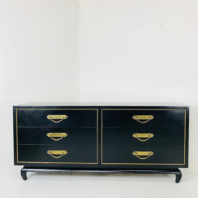 Black & Gold Asian Style Dresser by American of Martinsville. In good vintage condition with wear from use and age.
