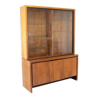Milo Baughman for Dillingham Mid Century Bookmatched Walnut China Cabinet For Sale