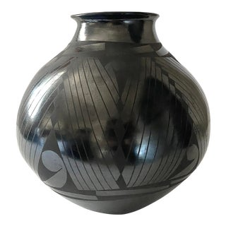 Vintage Oaxacan Barro Negro Pottery For Sale