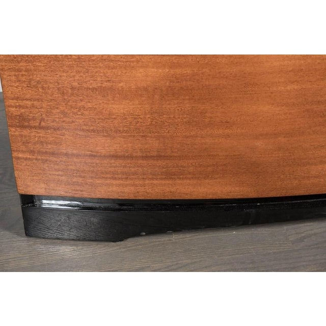 Art Deco Streamlined Art Deco Bow Fronted Low Chest in Mahogany and Black Lacquer For Sale - Image 3 of 8
