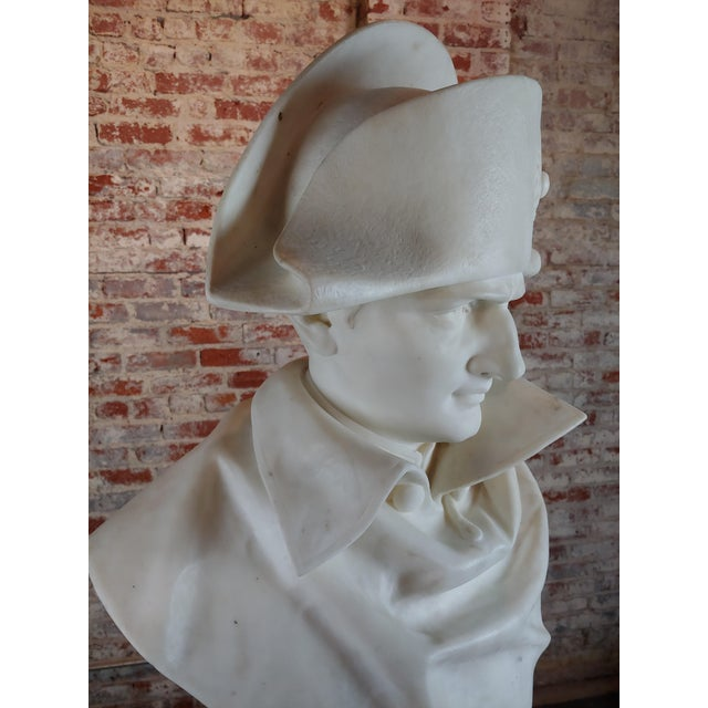 White Napoleon Bonaparte Emperor 19th Century Marble Bust Hand Carved Carrara Marble Bust of Napoleon For Sale - Image 8 of 12