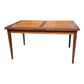 1960s Danish Teak Skovby Mobelfabrik Dining Table With 2 Leaves For Sale